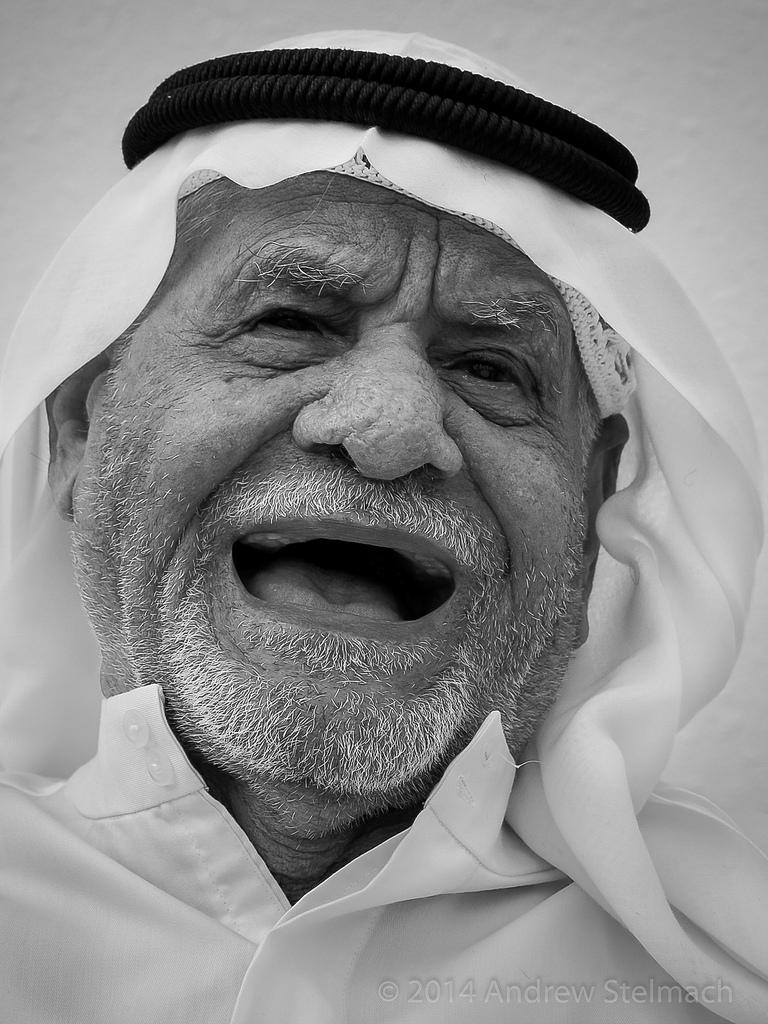 اللهجات العربيه المضحكة