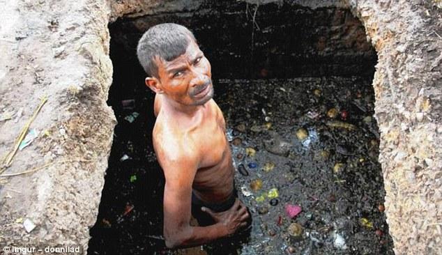 عمال الصرف الصحي الهنود